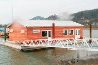 SP15-Clubgebouw-op-ponton-1600x900cm-dubbelwandig-houtskelet-rabat-(red-cedar)