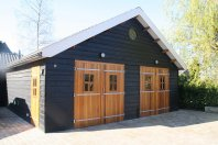 G11 Garage-1200x600cm-dubbelwandig-houtskelet-(potdeksel)